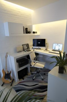 small space office set up, I like the guitar!