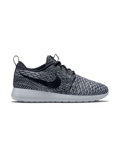 Nike Roshe Flyknit in Cool Grey/Wolf Grey/White/Black
