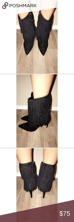 Sam Edelman boots Gently used Belinda fringe boots. Buy one item-10% off TOTAL buy two items-20% off TOTAL buy three items-30% off TOTAL Sam Edelman Shoes