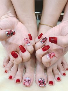 Red Black Nails, Red Nails, Fancy Nails Designs, Toe Nail Designs, Pedicure Nail Art, Toe Nail Art, Nail Art Hacks, Nail Art Diy, Dope Nails