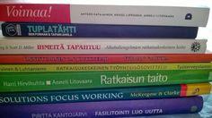 OhjausAreena: 8 kirjaa, jotka kannattaa lukea jos on kiinnostunut ratkaisukeskeisestä ohjauksesta