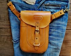 6956406f422c0 Etsy    Your place to buy and sell all things handmade Hüfttasche Leder
