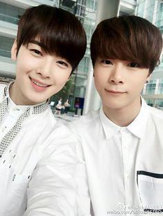Moonbin [문빈] and Cha Eunwoo [차은우]   BinWoo