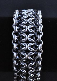 Dense Olivia Chainmaille Bracelet - Silver and Black