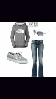 The north face sweatshirt outfit