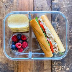 We are living in times where most people are busier than ever. In return, we´re giving our kids and ourselves prepackaged foods for lunch or going out for a quick bite. The problem? This pattern can get very expensive, but worst of all, it´s very unhealthy. Today, I´m going to show you how to make 5 Easy Lunchbox Recipes that will bring excitement back to lunch time. All 5 of these lunchbox recipes are super easy to make, each one comes together within minutes and they each pack some serious…
