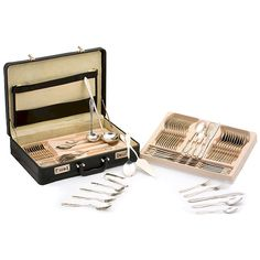 @ShopAndThinkBig.com - This exquisite full flatware set is perfect for special occasions and dinners, with its great craftsmanship it will last a lifetime and longer! Each flatware set is made with heavy gauge T304 surgical stainless steel. Our flatware comes complete with a deluxe carrying case for portability which measures 19 X 5 X 14. http://www.shopandthinkbig.com/72pc-stainless-steel-flatware-set-p-635.html