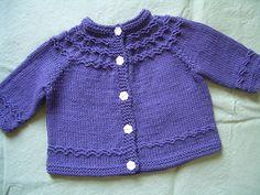 Seamless yoked baby sweater (newborn/3mon) - by Carole Bareyns Knitting on the net