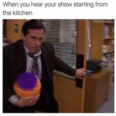 """30 Relatable Memes For When You Just Need A Damn Break - Funny memes that """"GET IT"""" and want you to too. Get the latest funniest memes and keep up what is going on in the meme-o-sphere. Crazy Funny Memes, Really Funny Memes, Stupid Funny Memes, Funny Tweets, Funny Laugh, Funny Relatable Memes, Funny Stuff, Funniest Memes, Fun Funny"""