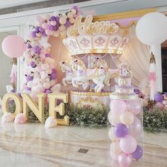 Such an amazing carousel inspired setup! Carousel Birthday Parties, Carousel Party, Birthday Balloon Decorations, Unicorn Birthday Parties, First Birthday Parties, Baby Shower Decorations, Birthday Party Themes, Birthday Balloons, Unicorn Party