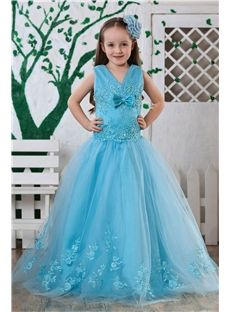Attractive Ball Gown Floor-length V-neck Appliques Flower Girl Dress