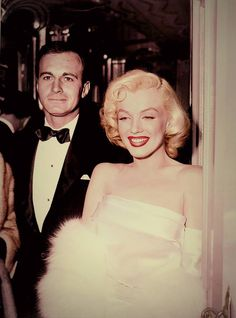 Marilyn at the premiere of 'Call Me Madam' ~ 1953.