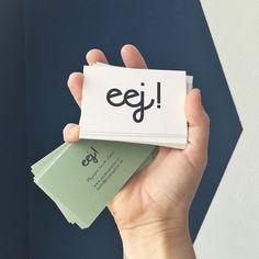 eej! - WIST JE DAT  Petri de super toffe opdracht heb gekregen om als ontwerpster een totaal nieuw Zeeuws magazine mee op de markt te zetten! Wauw, wat een eer om dat te mogen vormgeven! Van bladstramien tot typografie keuze tot kleurconcept.   Ontwerp van de visitekaartjes is af en gereed voor verspreiding. Mochten er vragen zijn over eejmagazine dan mogen jullie mij mailen op petri@eejmagazine.nl   #Zeeland #magazine #Zeeuws #ontwerp #Typografie #vormgeving #typo #Vlissingen