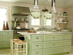 A continuación te presentamos una serie de fotos con las cuales te podrás apoyar a la hora de que te decidas decorar o pintar tu cocina en color verde.