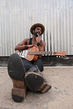 Gary Clark Jr. wondering if you know where his electric guitar is