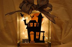 Cricut haunted house for Halloween on a lighted glassblock Halloween Goodies, Halloween Cards, Holidays Halloween, Halloween Fun, Halloween Decorations, Fall Crafts, Holiday Crafts, Holiday Fun, Christmas Ideas