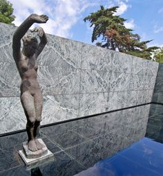 Morning by Georg Kolbe at the Barcelona Pavilion, 1938 (Reconstructed in Barcelona Pavilion, Less Is More, Van, Sculpture, Spaces, Architecture, Arquitetura, Sculptures, Sculpting
