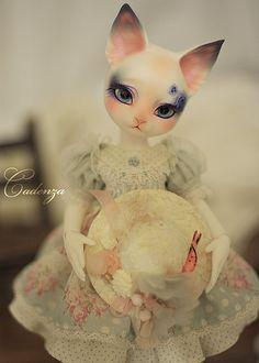 pipos cat dressed by abenohiya, via Flickr