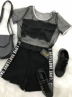 Great outfit idea to copy ♥ For more inspiration join our group Amazing Things ♥ You might also like these related products: - Sweaters ->. Crop Top Outfits, Edgy Outfits, Swag Outfits, Cute Casual Outfits, Pretty Outfits, Girls Fashion Clothes, Teen Fashion Outfits, Outfits For Teens, Girl Fashion