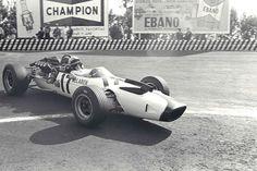 Bruce McLaren, McLaren-Ford M2B, 1966 Mexican GP, Mexico City