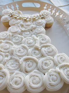 wedding dress cupcake cake...I like it better for a first communion!  :(