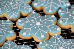Life Is Sweets: Snowflake Cut-Out Cookies