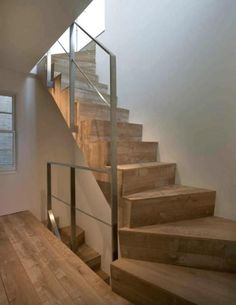 i love the all wood stairs for going into the basement