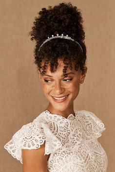 For the ultimate regal touch, add this Swarovski crystal tiara to your wedding day look. Wedding Hairstyles For Medium Hair, Elegant Hairstyles, Vintage Hairstyles, Braided Hairstyles, Elegant Wedding Hair, Vintage Wedding Hair, Wedding Day, Medium Hair Styles, Long Hair Styles