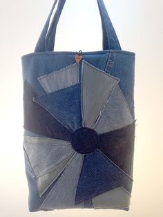 Handmade bag created with denim fabric by Passioneperleborse