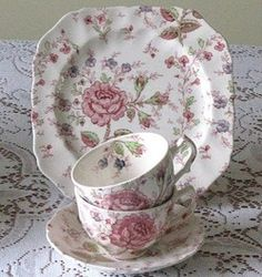 Rose Chintz by Johnson Brothers ♥ At Pine Hollow Vintage, we carry this pattern to rent for your luxe and pretty events! Vintage Dishes, Vintage China, Vintage Tea, Johnson Brothers China, Johnson Bros, Tea Cup Saucer, Tea Cups, Cake Roses, Shabby