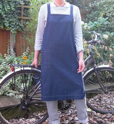 Artisan WorkApron No 4. Dark Blue Denim. Womens Medium