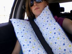 PinLog | Seat-belt Travel Pillow Tutorial