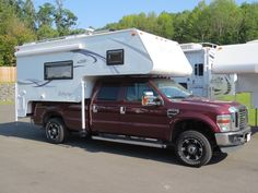 2010 F250 Crew Cab Long Bed 4×4 Gas & 2012 Northstar Igloo U