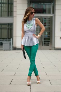 Sequins and Things: minty fresh. Like the statement necklace on this simple outfit.
