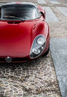 I capolavori, Alfa Romeo 33 Stradale, la prima con quelle portiere. – dannatavintage