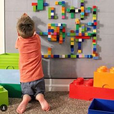 We love this modern, stylish LEGO compatible wall in this kid boy room! Shop the look and get NO GLUE REQUIRED LEGO Compatible peel 'n stick baseplates at www.creativeqt.net.