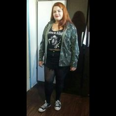 Jaqueta flanela, all star, saia jeans,  Headbanger Plus size