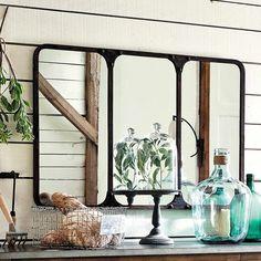Miroir indus en métal noir effet vieilli H 72 cm | Maisons du Monde