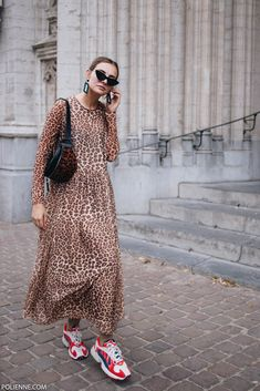 My leopard birthday outfit / leopard dress / Adidas Yung 1 - POLIENNE by Paulien Riemis 80s Fashion, Modest Fashion, Fashion Prints, Fashion Outfits, Leggings Mode, Leggings Fashion, Dress And Sneakers Outfit, Fashion Vestidos, Looks Street Style