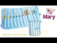 This case has 8 pockets, space for all yor crochet needs and a beautiful weave front.It os a tri-fold style case and is closed with a hook& loop. Crochet Hook Case, Crochet Hooks, The Happy Hooker, A Hook, Weaving, Bag Patterns, Tri Fold, Bags, Facebook