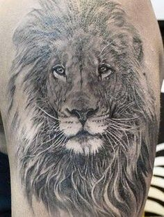 Awesome lion tattoo by Elvin Yong