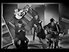 The Cowsills  The Rain, The Park, and Other Things: Doesn't show the arrow but is a video when you click on it.