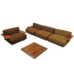"Mario Bellini ""Pianura"" lounge set modular sofa and center table 1960's"
