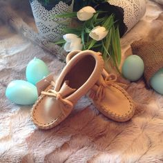 Just natural and authentic! Etsy, Baby Shoes, Oxford Shoes, Flats, Clothes, Natural, Shop, Women, Fashion