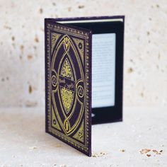 British hand made Harry Potter themed book of spells and history of magic kindle and tablet case covers, reading light, night light and notebooks. Tablet 7, Tablet Cover, Harry Potter Themed Gifts, Hogwarts House Colors, Hogwarts Houses, Kindle Paperwhite Case, Magic Theme, Kindle Oasis, Book Themes