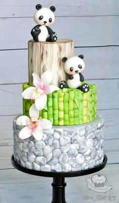 Such cuteness! Panda Zen Garden Bamboo Orchid Pebbles Wedding Cake by Cake Therapy - Gardening Zones Gorgeous Cakes, Pretty Cakes, Cute Cakes, Amazing Cakes, Crazy Cakes, Fondant Cakes, Cupcake Cakes, Sweets Cake, Bolo Panda