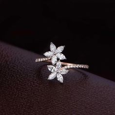Add a Sparkle to your weekend ✨ Check out this diamond ring at the Diamond Mela Store today ! SKU Add a Sparkle to your weekend ✨ Check out this diamond ring at the Diamond Mela Store today ! Rose Gold Engagement Ring, Vintage Engagement Rings, Diamond Wedding Bands, Wedding Rings, Wedding Engagement, Morganite Engagement, Morganite Ring, Bridal Rings, Bridal Jewelry