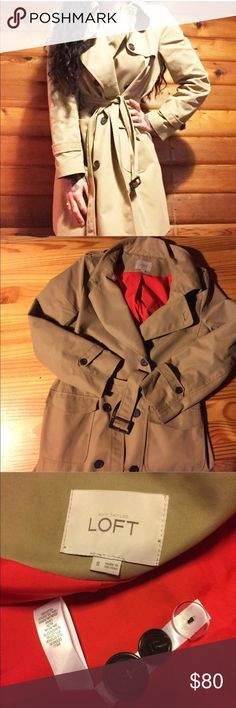 Loft Essential Trench Coat-In EUC •size 8. In EUC-worn twice. Cotton & nylon. I am 5'9 and it ends just above the knee. Red lining. Belted waist. Two deep front pockets. Retails $148. No swaps🚫 Offers👍🏻 LOFT Jackets & Coats Trench Coats