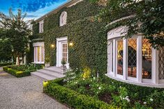 The Most Extravagant Homes Sold On 'Selling Sunset' - Lonny