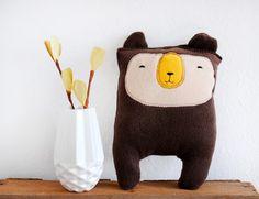 kleiner Bär, ein Kuschelfreund von HerrPfeffer auf DaWanda.com